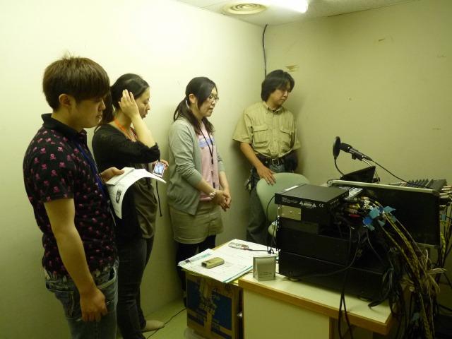 キャトル5階災害FMスタジオ